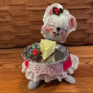 Annalee Hostess Mouse